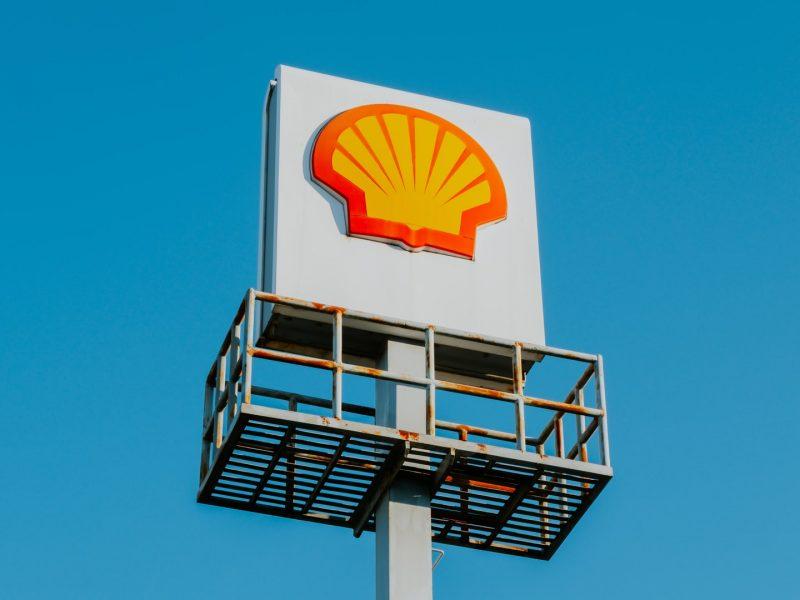 Shell. neutralność klimatyczna, CO2, Holandia, Greenpeace