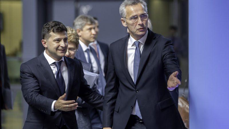 ukraina-nato-usa-zelenski-rosja-stoltenberg-biden-szczyt-przystapienie-akcesja