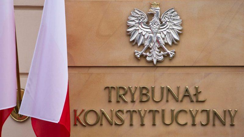 TK: Rozprawa nad zgodnością unijnego prawa z polską konstytucją odroczona