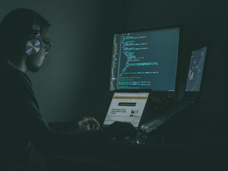 wspolna-jednostka-ds-cyberprzestrzeni-komisja-europejska-atak-hakerski-cyberbezpieczenstwo-internet-hakerzy-zagrozenia-bezpieczenstwo