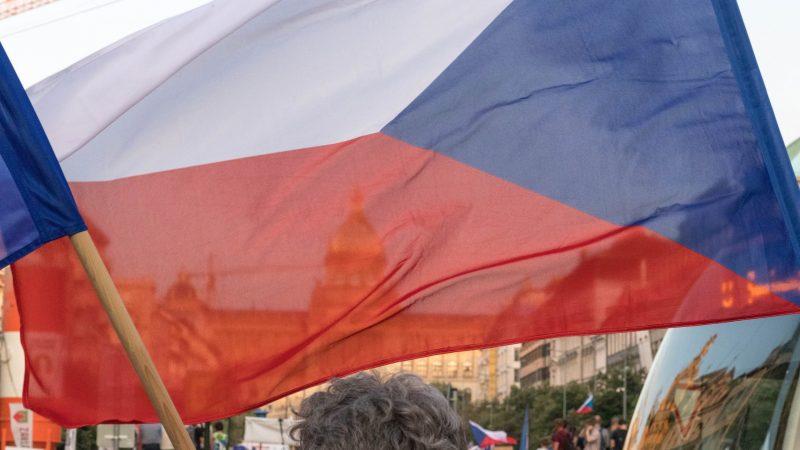Czechy domagająsięod Rosji odszkodowania za wybuch w magazynie amunicji w 2014 r. (Photo by Martin Krchnacek on Unsplash)