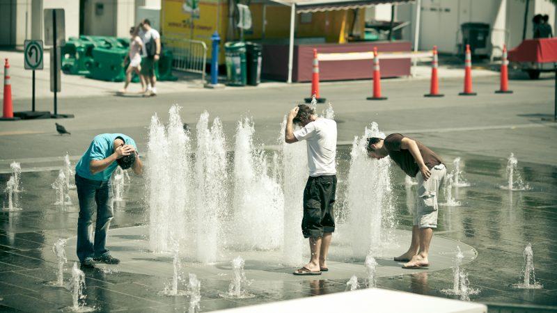 Kanadyjczycy broniąsię przed falą upałów jak mogą, źródło: Flickr, fot. Nicolas Longchamps (CC BY-NC 2.0)