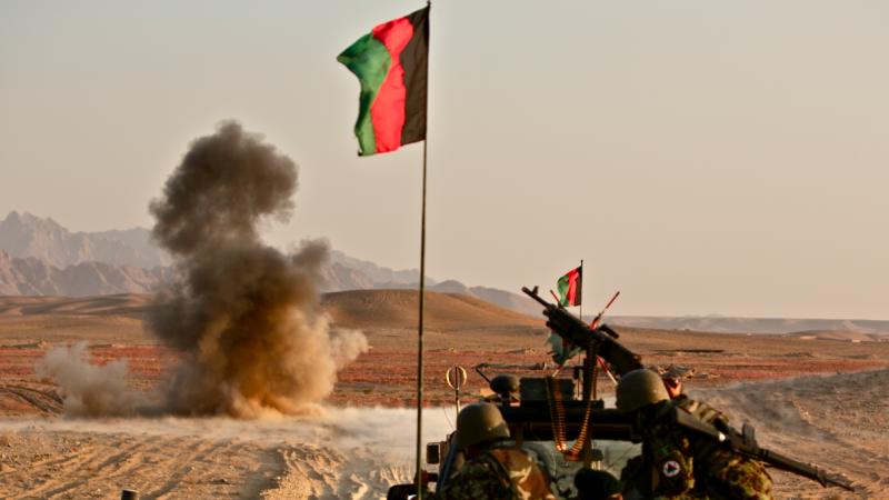 Afgańska armia rządowa wycofuje sięprzed ofensywą talibów, źródło: Wikipediam fot. Futuretrillionaire (CC BY-SA 2.0)
