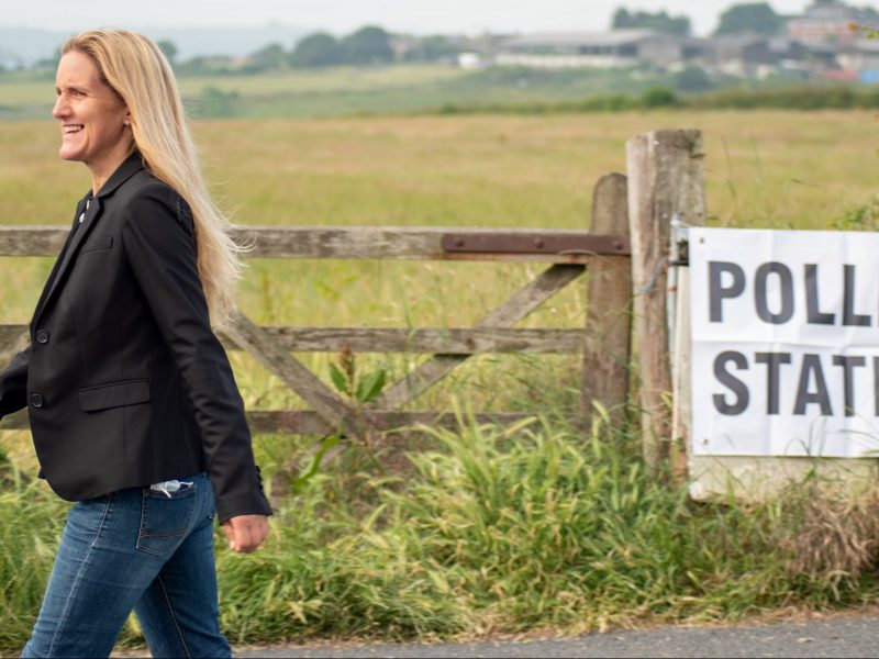 Kim Leadbeater obroniła w wyborach uzupełniających dla Partii Pracy jeden z okręgów w północnej Anglii, źródło: Twitter/Kim Leadbeater (@kimleadbeater)