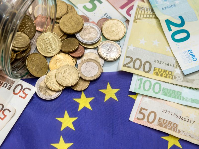 strefa-euro-zloty-polska-eurobarometr-europejczycy-waluta-komisja-europejska