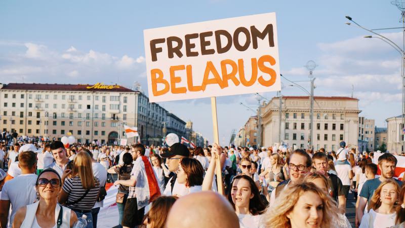 bialorus-bielsat-media-telewizja-aleksandr-lukaszenka-represje-dziennikarze-wyrok-ekstremizm-protesty