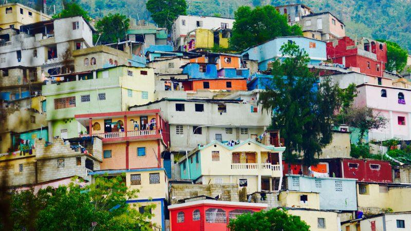 W stolicy Haiti Port-au-Prince panuje wzmożone napięcie (Photo by Heather Suggitt on Unsplash)