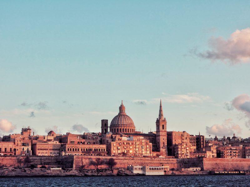 Malta chce wpuszcza na swoje terytorium tylko w pełni zaszczepione osoby (Photo by Micaela Parente on Unsplash)