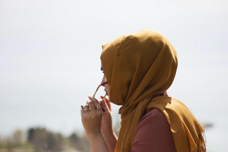 ihsane-haouach-IEFH-europa-belgia-hidzab-islam