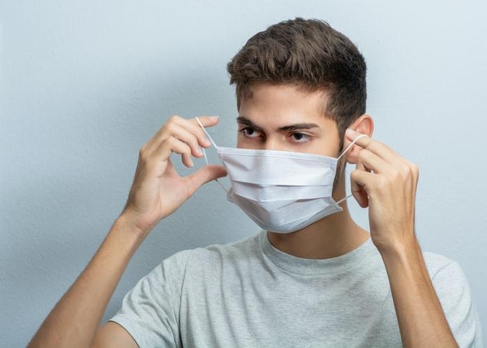 Czechy, maski, antyszczepionkowcy, V4, pandemia, COVID