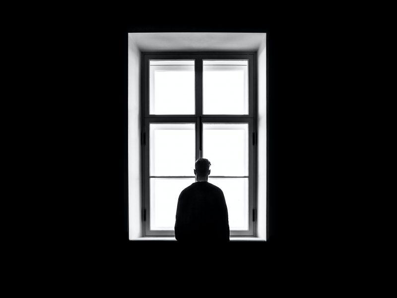 pandemia, samotność, izolacja, lęk, odosobnienie, COVID19, praca zdalna, home office, unia europejska