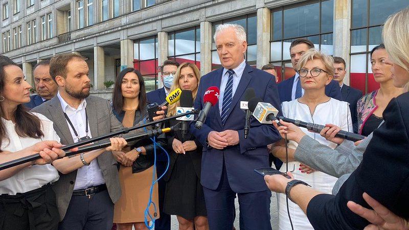 Konferencja Jarosława Gowina po dymisji, źródło twitter @porozumienie