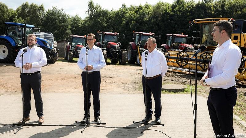Premier Mateusz Morawiecki w Brzydowie, źródło Adam Guz KPRM