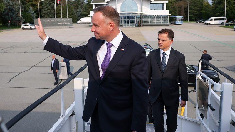 Prezydent Andrzej Duda przed startem samolotu do Kijowa, źródło Jakub Szymczuk KPRP