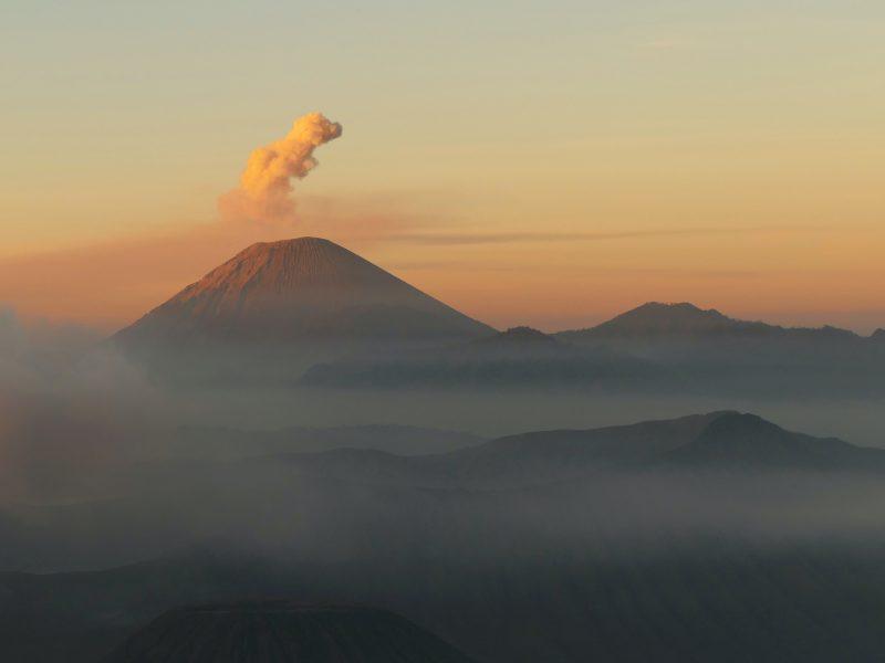 Wulkany są odpowiedzialne za emisję CO2
