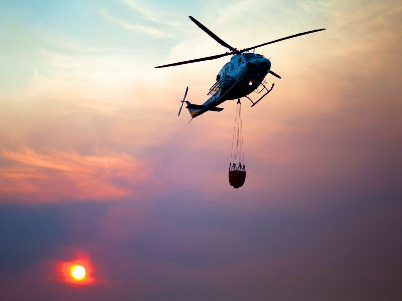 Do gaszenia pożarów w Turcji skierowano m.in. śmigłowce z Hiszpanii (Photo by Victor Grabarczyk on Unsplash)