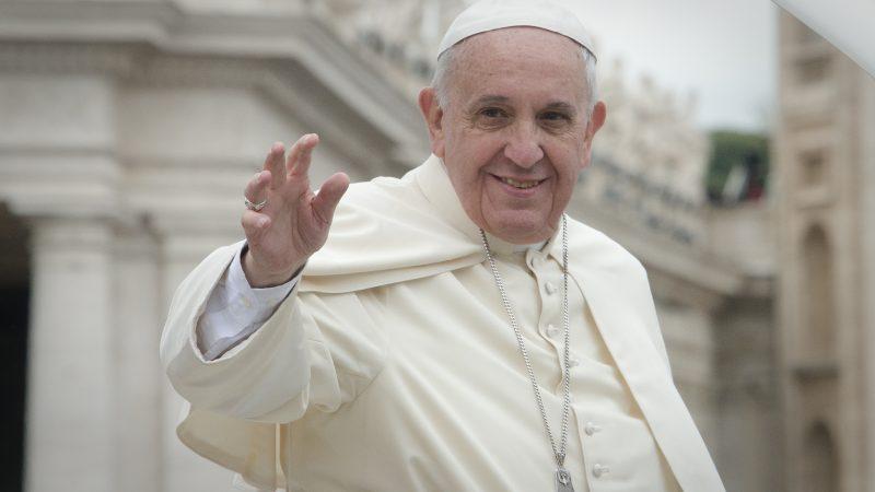 papież Franciszek, Watykan