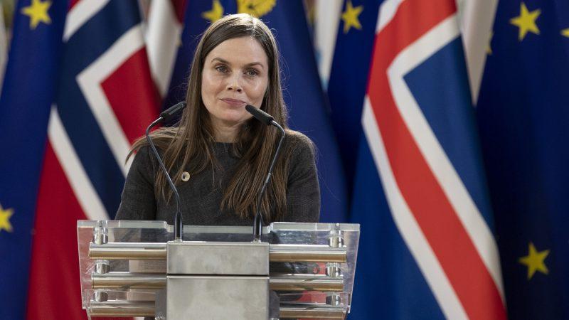 Katrín Jakobsdóttir, Islandia