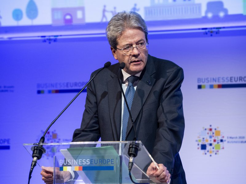 Paolo Gentiloni, Komisja Europejska