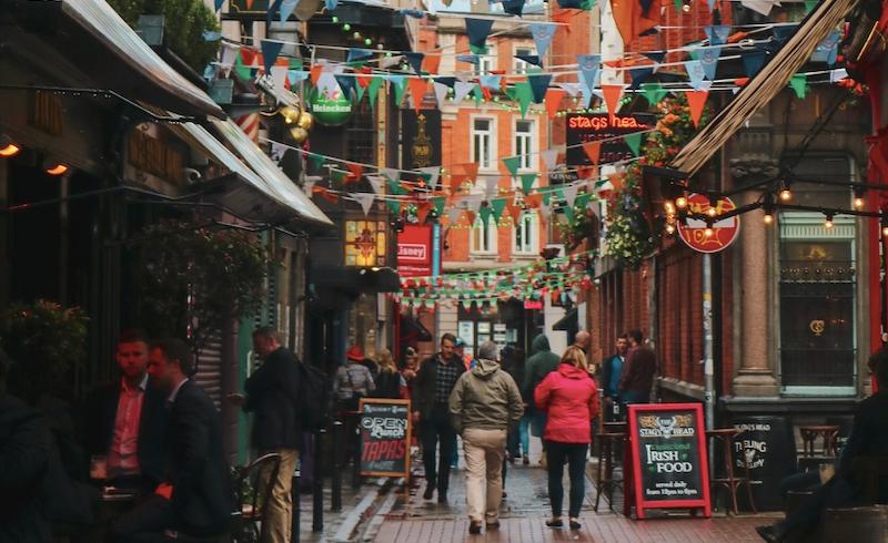 irlandia-demografia-zielona-wyspa-wskaznik-urodzen-populacja-