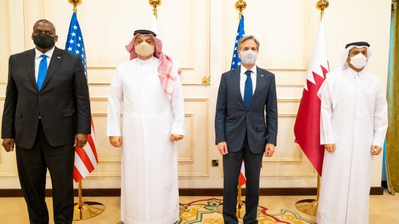 katar-zachód-afganistan-talibowie-arabia-saudyjska-blinken-lloyd-zatoka-perska