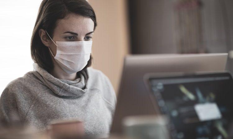 Czechy, covid, pandemia, maski ochronne, szczepienia