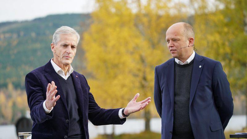 Jonas Gahr Støre, Trygve Slagsvold Vedum, Norwegia