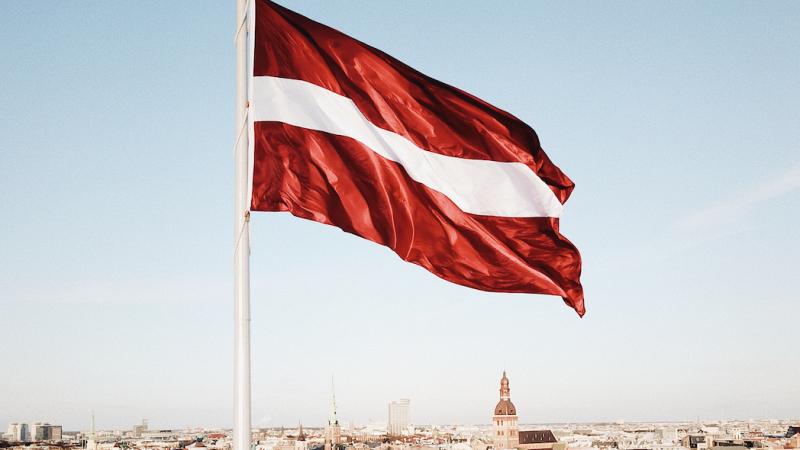 Łotwa wprowadzi cztery tygodnie ścisłego lockdownu (Photo by Kaspars Upmanis on Unsplash)