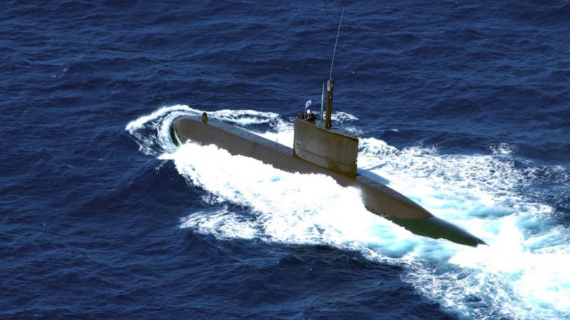 Okręt podwodny, źródło: U.S. National Archives & DVIDS, fot. PH3 Michael J. Pusnik Jr, Usn (CC0 Public Domain)