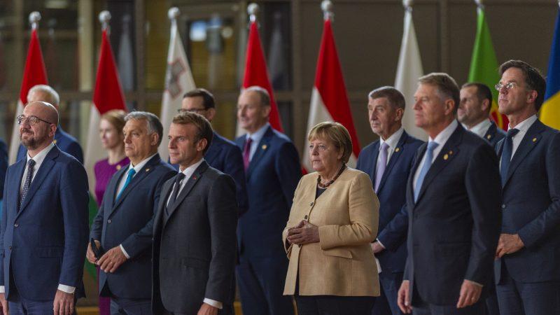 szczyt-ue-ceny-energii-gaz-prad-bruksela-ets-system-handlu-uprawnieniami-do-emisji-rynek-energetyczny-kryzys-gazprom-rosja-morawiecki-konkluzje-rada-europejska-komisja-ke