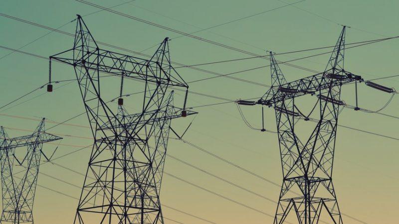 ceny-energii-gaz-prad-unia-europejskagazprom-rosja-polska-tusk-pism-KE-polityka-klimatyczna-buzek-jakobik-bieliszczuk