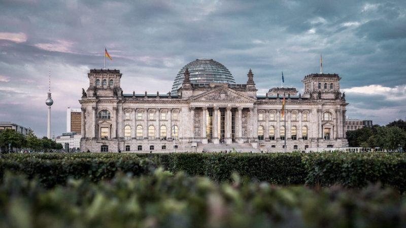 Niemcy-Bundestag-koalicja-świateł-drogowych-SPD-scholz-Merkel-Zieloni-FDP
