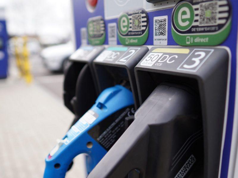 Kryzys paliwowy trwa w Wielkiej Brytanii już ponad 10 dni (Photo by Sophie Jonas on Unsplash)